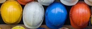 Die sechs-Hüte-Methode funktioniert auch mit Bauhelmen