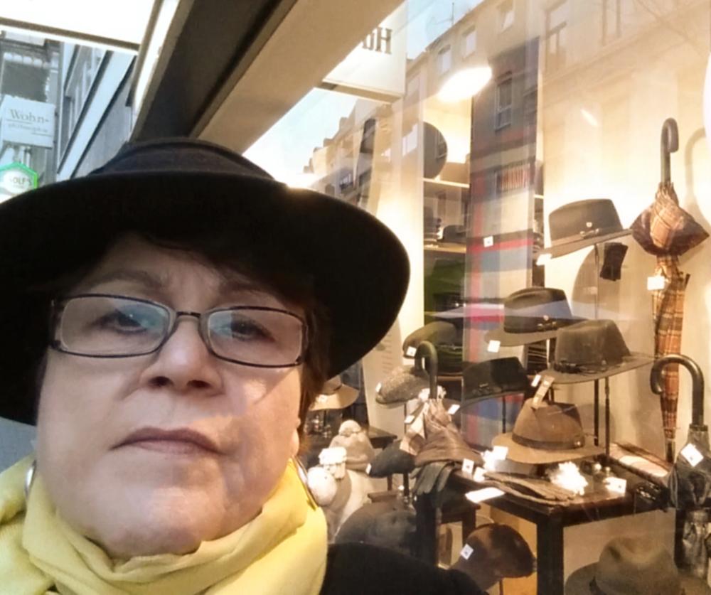 Bonner Hutgeschäft Hut-Weber wieder gefunden